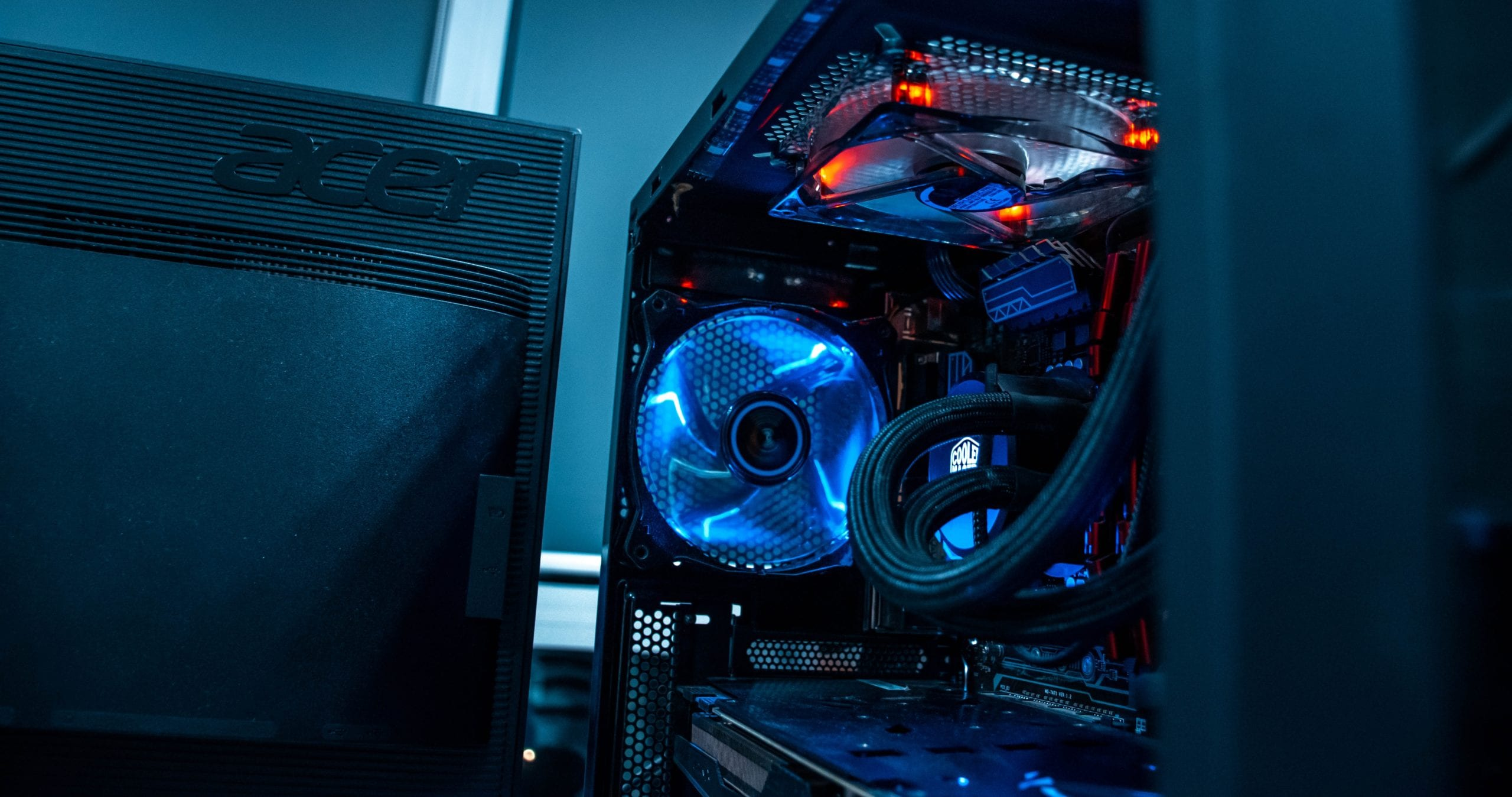 """alt=""""what's the best gaming pc for world of warcraft? - gaming computer stock image""""/>"""